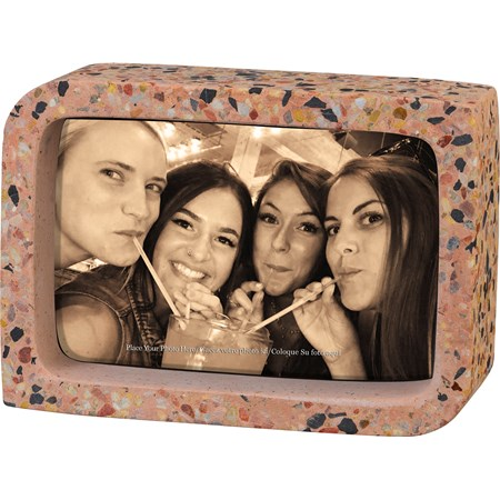 "Frame - Single Pink - 5"" x 7"" x 2"", Fits 4"" x 6"" Photo - Cement"